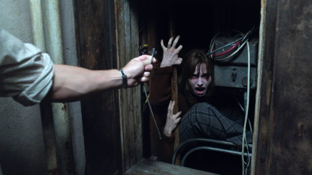The-Conjuring-2-006
